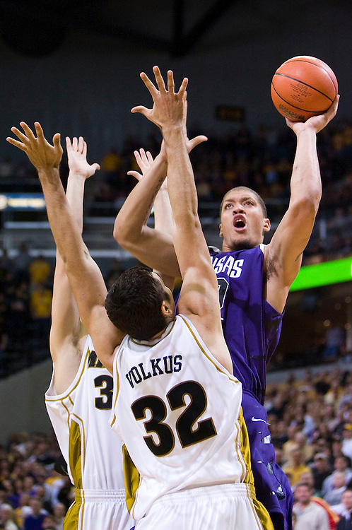 February 2, 2008 - Columbia, MO.Kansas State forward Michael Beasley #30 shoots over Missouri forward Vaidotas Volkus #32 at Mizzou Arena in Columbia, Missouri..Missouri Coach Mike Anderson suspended injured point guard starter Stefhon Hannah as well as starters Marshall Brown, Darryl Butterfield, Jason Horton and Leo Lyons indefinitely...Patrick T. Fallon / CSM