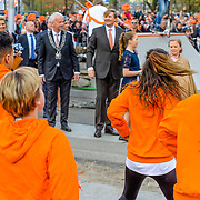 NLD/Tilburg/20170427- Koningsdag 2017, Koning Willem Alexander met zijn gevolg