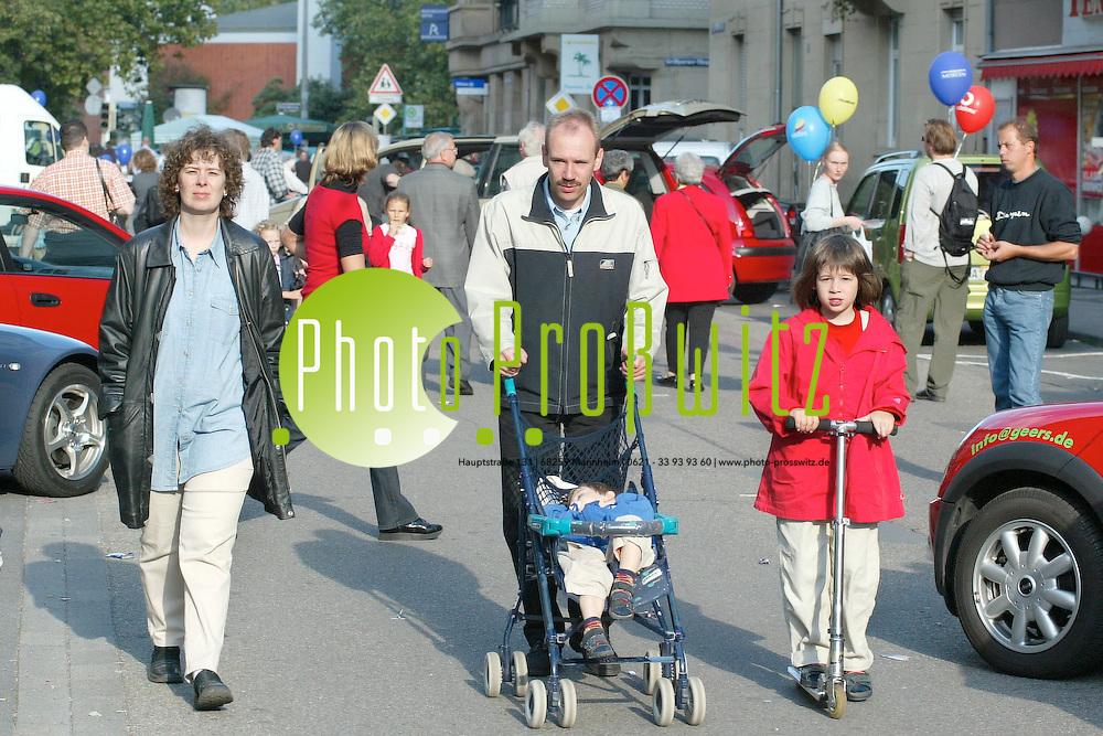 Mannheim. Neckarstadt. Verkaufsoffener Sonntag. Lange R&ouml;tterstra&szlig;e.<br /> <br /> Bild: Pro&szlig;witz