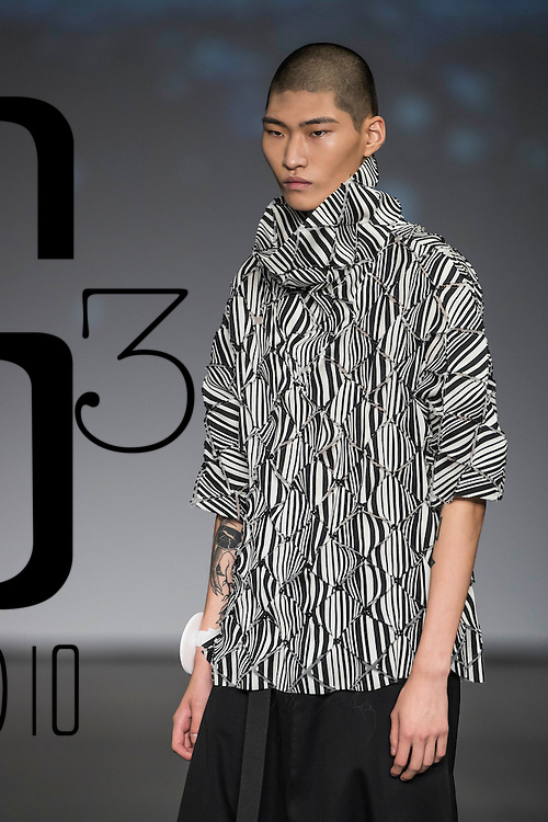 A model competes at International Fashion Supermodel Competition (Asia Final) on the Day 4 of the CentreStage Hong Kong 2016 at Hong Kong Convention and Exhibition Centre on 10 September 2016 in Hong Kong, China. Photo by Marcio Machado / studioEAST