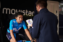 Paula Patino Bedoya (COL) gets some advice before La Madrid Challenge by La Vuelta 2019 - Stage 1, a 9.3 km individual time trial in Boadilla del Monte, Spain on September 14, 2019. Photo by Sean Robinson/velofocus.com