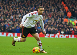 LIVERPOOL, ENGLAND - Sunday, January 17, 2016: Manchester United's captain Wayne Rooney in action against Liverpool during the Premier League match at Anfield. (Pic by David Rawcliffe/Propaganda)