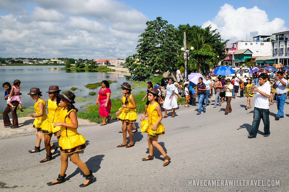 As part of the celebrations for Guatemalan Independence Day (September 15, 2011), groups of school students parade in a procession through the streets of Flores, starting in the Parque Central, walking through the town, and crossing the causeway into Santa Elena.