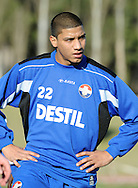 06-01-2009 Voetbal:Willem II:Trainingskamp:Torremolinos:Spanje<br /> Marlon Pereira is gearriveerd in Spanje ter vervanging van Kargbo<br /> Foto: Geert van Erven