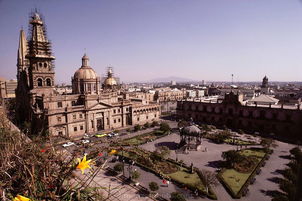 The neo-classical Metropolitan Cathedral in Guadalajara, Mexico.