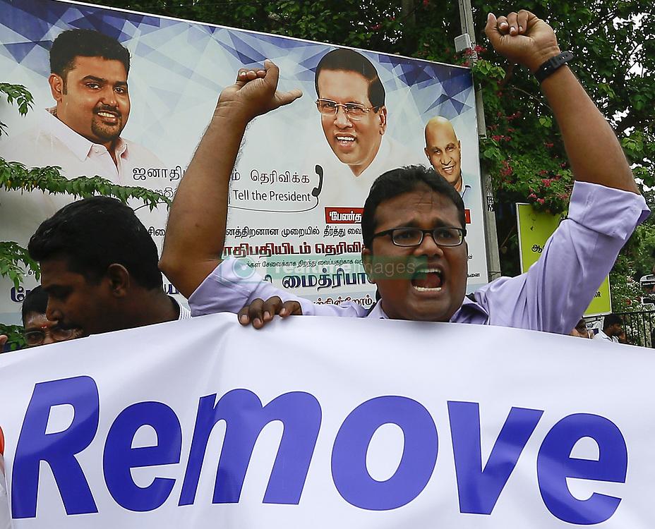 October 13, 2017 - Jaffna, Sri Lanka - Sri Lankan Tamil activists shout slogans demanding the release of Tamil political prisoners at Jaffna, Northern province, Sri Lanka on Friday 13 October 2017  (Credit Image: © Tharaka Basnayaka/NurPhoto via ZUMA Press)