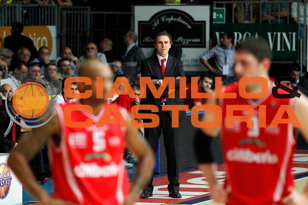 DESCRIZIONE : Cantu Lega A 2010-11 Quarti di finale Play off Gara 1 Bennet Cantu Cimberio Varese<br /> GIOCATORE : Carlo Recalcati<br /> SQUADRA : Cimberio Varese<br /> EVENTO : Campionato Lega A 2010-2011<br /> GARA : Bennet Cantu Cimberio Varese<br /> DATA : 18/05/2011<br /> CATEGORIA : Ritratto<br /> SPORT : Pallacanestro<br /> AUTORE : Agenzia Ciamillo-Castoria/G.Cottini<br /> Galleria : Lega Basket A 2010-2011<br /> Fotonotizia : Cantu Lega A 2010-11 Quarti di finale Play off Gara 1 Bennet Cantu Cimberio Varese<br /> Predefinita :