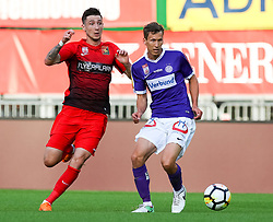 05.05.2018, Ernst Happel Stadion, Wien, AUT, 1. FBL, FK Austria Wien vs FC Flyeralarm Admira, 33. Runde, im Bild v.l. Marin Jakolis (FC Flyeralarm Admira), Florian Klein (FK Austria Wien) // during Austrian Football Bundesliga Match, 33rd Round, between FK Austria Vienna and FC Flyeralarm Admira at the Ernst Happel Stadion, Vienna, Austria on 2018/05/05. EXPA Pictures © 2018, PhotoCredit: EXPA/ Alexander Forst