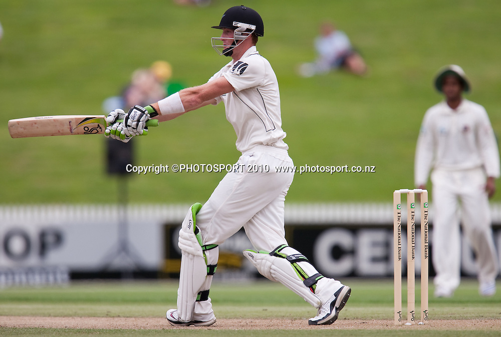 Martin Guptill bats during his innings of 189 runs on day 2 of the one off test cricket match between New Zealand Black Caps and Bangladesh at Seddon Park, Hamilton, New Zealand, Tuesday 16 February 2010. Photo: Stephen Barker/PHOTOSPORT