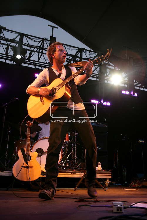 18th April 2009. Indio, California. British singer James Morrison on stage, at the Coachella Music Festival..PHOTO © JOHN CHAPPLE / REBEL IMAGES.tel +1 310 570 9100    john@chapple.biz