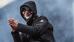 20.10.2016, Red Bull Arena, Salzburg, AUT, UEFA EL, FC Red Bull Salzburg vs OGC Nizza, Gruppe I, im Bild ein Fan mit einer Horror Clown Maske // A fan with a horror clown mask during the UEFA Europa League group I match between FC Red Bull Salzburg and OGC Nizza at the Red Bull Arena in Salzburg, Austria on 2016/10/20. EXPA Pictures © 2016, PhotoCredit: EXPA/ JFK