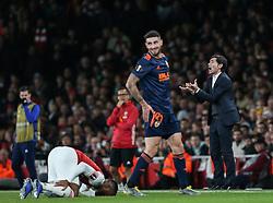 Valencia manager Marcelino vents his frustration at the referee - Mandatory by-line: Arron Gent/JMP - 02/05/2019 - FOOTBALL - Emirates Stadium - London, England - Arsenal v Valencia - UEFA Europa League Semi-Final 1st Leg