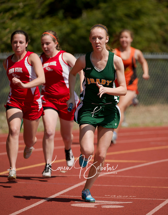 Merrimack Valley Invitational track meet April 21, 2011.  Karen Bobotas/for the Concord Monitor
