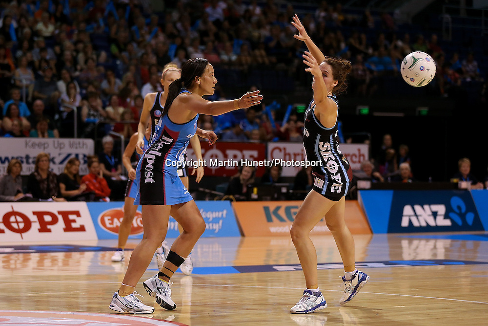 Rachel Rasmussen of Southern Steel looks to pass during the ANZ Netball Championship, Easiyo Tactix v Southern Steel at CBS Arena, Christchurch, New Zealand. Saturday 30th March 2013. Photo: Martin Hunter/ Photosport.co.nz