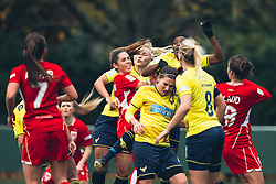 Ellie Wilson of Bristol City Women competes - Rogan Thomson/JMP - 06/11/2016 - FOOTBALL - The Northcourt Stadium - Abingdon-on-Thames, England - Oxford United Women v Bristol City Women - FA Women's Super League 2.
