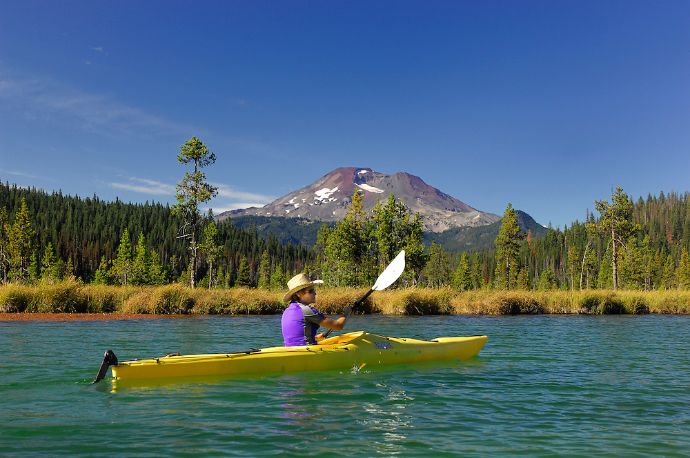 Kayaking on Hosmer Lake,Cascade Mountains, Central Oregon, Oregon, USA