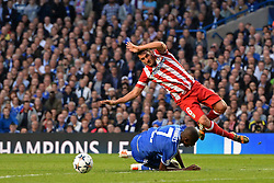 30.04.2014, Stamford Bridge, London, ENG, UEFA CL, FC Chelsea vs Atletico Madrid, Halbfinale, Rueckspiel, im Bild Chelsea's midfielder Ramires and Athletico Madrid's midfielder Koke compete for the ball // Chelsea's midfielder Ramires and Athletico Madrid's midfielder Koke compete for the ball during the UEFA Champions League Round of 4, 2nd Leg Match between Chelsea FC and Club Atletico de Madrid at the Stamford Bridge in London, Great Britain on 2014/05/01. EXPA Pictures © 2014, PhotoCredit: EXPA/ Mitchell Gunn<br /> <br /> *****ATTENTION - OUT of GBR*****