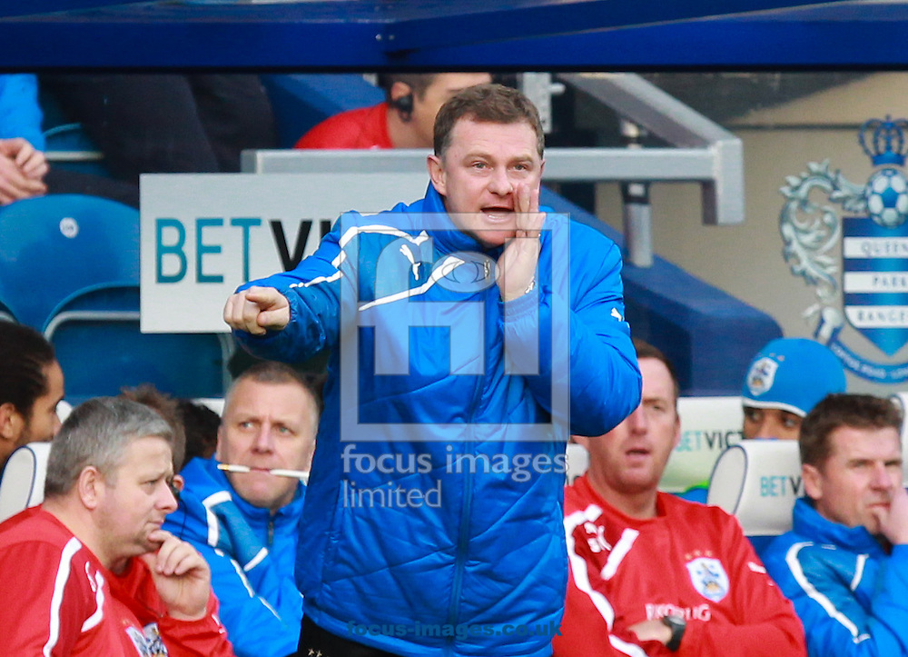 Picture by John Rainford/Focus Images Ltd +44 7506 538356<br /> 18/01/2014<br /> Mark Robins, manager of Huddersfield Town during the Sky Bet Championship match at the Loftus Road Stadium, London.