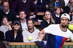 October 21, 2017 - Stockholm, Sweden - 171021 Publiken följer spelet under semifinalen av tennisturneringen Stockholm Open den 21 oktober 2017 i Stockholm  (Credit Image: © Erik Simander/Bildbyran via ZUMA Wire)