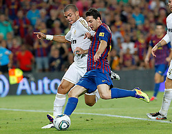 17.08.2011, Camp Nou, Barcelona, ESP, Supercup 2011, FC Barcelona vs Real Madrid, im Bild FC Barcelona's Leo Messi (r) and Real Madrid's Pepe during Spanish Supercup 2nd match.August 17,2011. EXPA Pictures © 2011, PhotoCredit: EXPA/ Alterphotos/ Acero +++++ ATTENTION - OUT OF SPAIN / ESP +++++