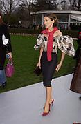 Sarah Jessica Parker, Dior Haute couture, Polo de Paris, Bois de Boulogne, 19 January 2004. © Copyright Photograph by Dafydd Jones 66 Stockwell Park Rd. London SW9 0DA Tel 020 7733 0108 www.dafjones.com