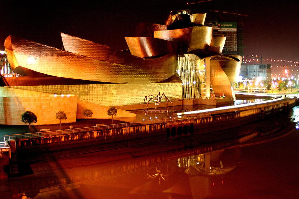 Museo Guggenheim Bilbao, Spain