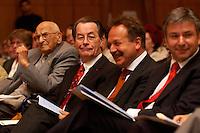 15 JUL 2004, BERLIN/GERMANY:<br /> Karl Richter, Franz Muentefering, SPD Parteivorsitzender, Frank Bsirske, ver.di Vorsitzender, und Klaus Woereit, SPD, Reg. Buergermeister Berlin, (v.L.n.R.), waehrend einem Festakt zum 100. Geburtstag von Karl Richter, langjähriges aktives Mitglied von Partei und Gewerkschaft, Rathaus Reinickendorf<br /> IMAGE: 20040715-01-007<br /> KEYWORDS: Franz Müntefering, Feier