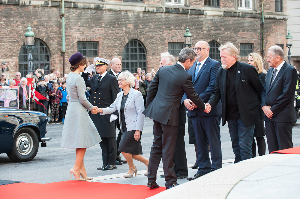 03.10.2017. Copenhagen, Denmark. <br /> Crown Princess Mary and Crown Prince Frederik arrival to Christiansborg Palace for attended the opening session of the Danish Parliament (Folketinget).<br /> Photo: © Ricardo Ramirez