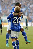 Fotball<br /> Tyskland<br /> 30.03.2013<br /> Foto: Witters/Digitalsport<br /> NORWAY ONLY<br /> <br /> 3:0 Jubel Torschuetze Teemu Pukki, Jefferson Farfan (Schalke)<br /> Fussball, Bundesliga,  FC Schalke 04 - TSG 1899 Hoffenheim