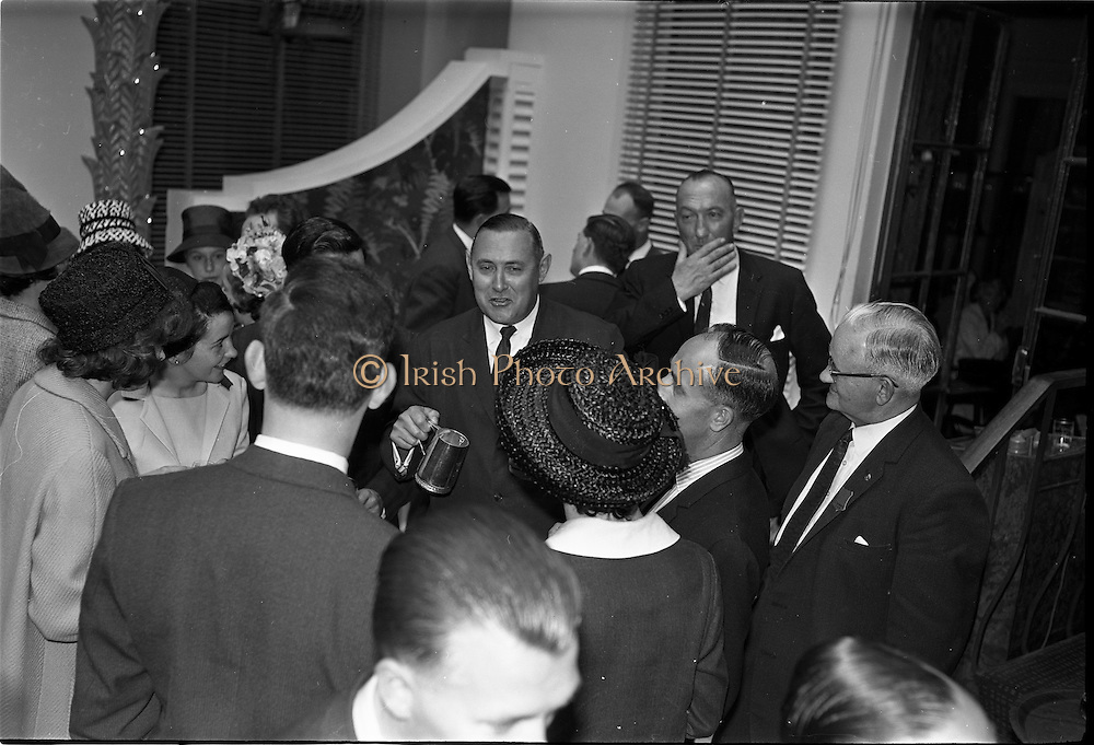 03/07/1963<br /> 07/03/1963<br /> 03 July 1963<br /> American executives of N.C.R. visit Dublin. Two top executives of the Dayton, Ohio, headquarters of the National Cash Register Company, one of the world's foremost manufacturers of cash registers, accounting machines and electronic computers, visiting Dublin. Picture shows  Mr George Haynes, Vice President International Operations N.C.R., Dayton Ohio. chatting to guests at the Gresham Hotel, Dublin.