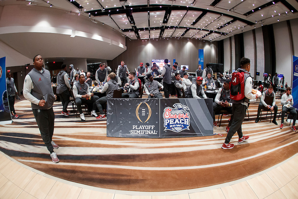 The Alabama Crimson Tide participate in the Battle for Bowl Week Hot Shot Basketball event at their team hotel on December 27, 2016 in Atlanta. Alabama faces the Washington Huskies in the 2016 Chick-fil-A Peach Bowl Playoff Semifinal on New Year's Eve, with the winner advancing to the National Championship. (Paul Abell / Abell Images for the Chick-fil-A Peach Bowl)