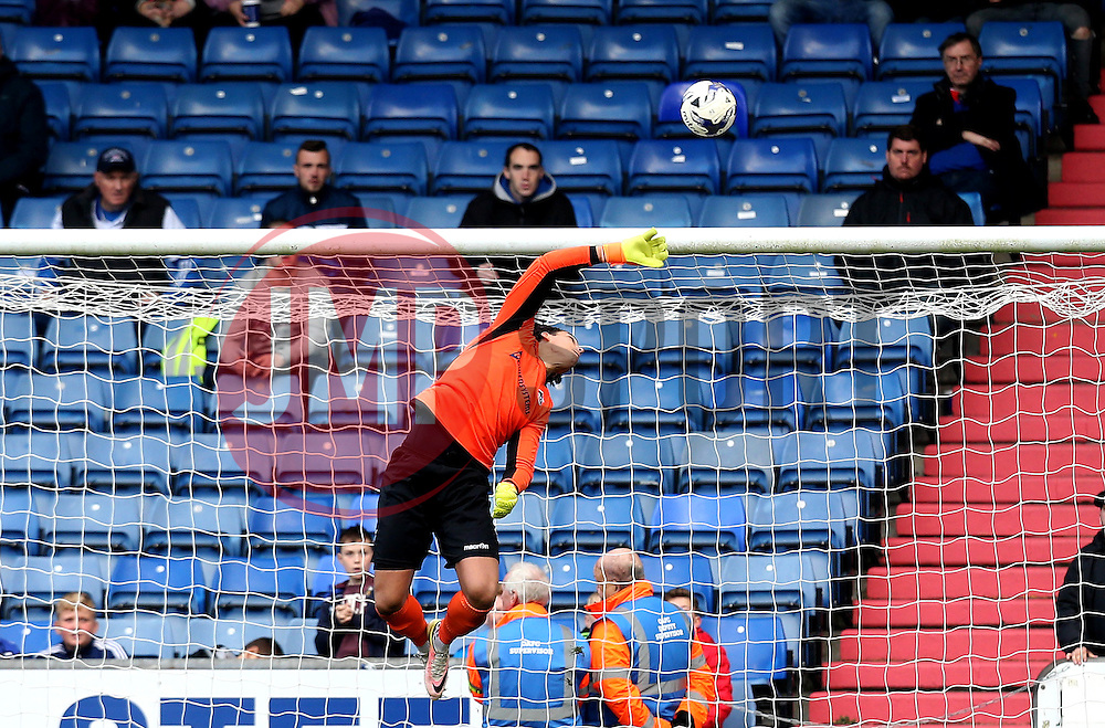Kelle Roos of Bristol Rovers makes a save - Mandatory by-line: Robbie Stephenson/JMP - 22/10/2016 - FOOTBALL - Sportsdirect.com Park - Oldham, England - Oldham Athletic v Bristol Rovers - Sky Bet League One