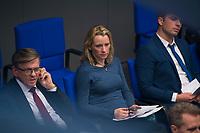 DEU, Deutschland, Germany, Berlin, 13.12.2017: Verena Hartmann (AfD, Alternative für Deutschland) bei einer Plenarsitzung im Deutschen Bundestag.