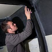 """Chantier de l'IMOCA """"La Fabrique"""". rajout de Foils en vue de la Route du Rhum 2018"""