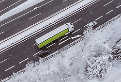 THEMENBILD - LKW und Fahrzeuge auf der A12 Inntalautobahn, aufgenommen am 10. Jaenner 2019 in Woergl, Oesterreich // Trucks and vehicles on the A12 Inntalautobahn, Woergl, Austria on 2019/01/10. EXPA Pictures © 2019, PhotoCredit: EXPA/ JFK