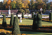 SPAIN, MADRID, RECREATION Retiro Park, the formal gardens