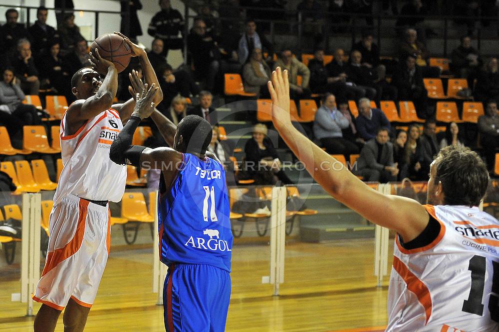 Udine, 19/12/2010..PalaCarnera. Campionato di Basket LegaDue 2010/11.  Regular Season. .Snaidero Udine vs Fastweb Casale Monferrato..Nella foto: Clint Cotis Harrison..Foto di Simone Ferraro