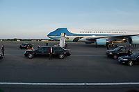 """18 JUN 2013, BERLIN/GERMANY:<br /> Die Airfoce Number One, eine umgebaute Langstreckenversionen der Boeing 747-200B mit der USAF-Bezeichnung VC-25A, das Flugzeug des Praesidenten der USA, Barack Obama, und seine Limousine, Cadillac One oder auch """"The Beast"""" im Look eines Cadillac DTS, nach seiner Ankunft auf dem militaerischen Teil des Flughafens Berlin Tegel, Besuch des Praesidenten der Vereinigten Staaten von Amerika in Deutschland<br /> IMAGE: 20130618-01-050<br /> KEYWORDS: Präsident U.S.A., Flugzeug, Staatskarosse, Dienstwagen"""