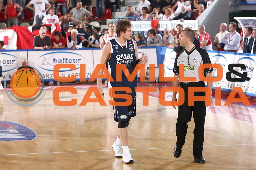 DESCRIZIONE : Teramo Lega A 2008-09 Bancatercas Teramo GMAC Fortitudo Bologna <br /> GIOCATORE : Stefano Mancinelli<br /> SQUADRA : GMAC Fortitudo Bologna<br /> EVENTO : Campionato Lega A 2008-2009<br /> GARA : Bancatercas Teramo GMAC Fortitudo Bologna<br /> DATA : 10/05/2009<br /> CATEGORIA : Ritratto<br /> SPORT : Pallacanestro<br /> AUTORE : Agenzia Ciamillo-Castoria/C.De Massis