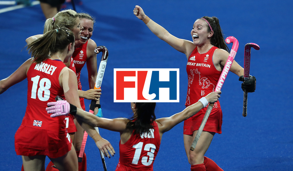 RIO DE JANEIRO, BRAZIL - AUGUST 17:  Great Britain celebrate after their 3-0 victory during the Women's hockey semi final match betwen New Zealand and Great Britain on Day12 of the Rio 2016 Olympic Games at the Olympic Hockey Centre on August 17, 2016 in Rio de Janeiro, Brazil.  (Photo by David Rogers/Getty Images)