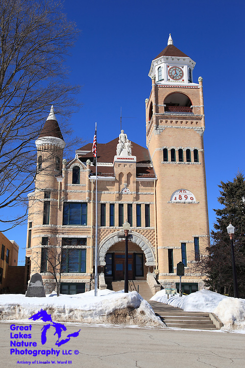 Nothing short of an architectural masterpiece, the Iron County Courthouse has the appearance of being brand new. This is truly one of the great historic buildings in the entire state of Michigan.