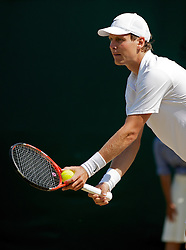 LONDON, ENGLAND - Monday, June 28, 2010: Tomas Berdych (CZE) during the Gentlemen's Singles 4th Round match on day seven of the Wimbledon Lawn Tennis Championships at the All England Lawn Tennis and Croquet Club. (Pic by David Rawcliffe/Propaganda)