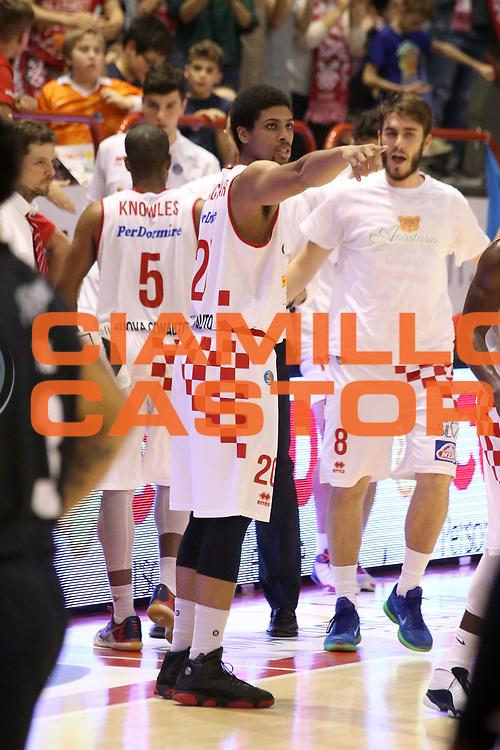 DESCRIZIONE : Campionato 2015/16 Giorgio Tesi Group Pistoia - Pasta Reggia Caserta<br /> GIOCATORE : Blackshear Wayne<br /> CATEGORIA : Esultanza<br /> SQUADRA : Giorgio Tesi Group Pistoia<br /> EVENTO : LegaBasket Serie A Beko 2015/2016<br /> GARA : Giorgio Tesi Group Pistoia - Pasta Reggia Caserta<br /> DATA : 15/11/2015<br /> SPORT : Pallacanestro <br /> AUTORE : Agenzia Ciamillo-Castoria/S.D'Errico<br /> Galleria : LegaBasket Serie A Beko 2015/2016<br /> Fotonotizia : Campionato 2015/16 Giorgio Tesi Group Pistoia - Pasta Reggia Caserta<br /> Predefinita :