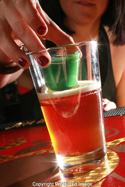 Hampton's mixologist Morgan Finn's signaure drink Christmas Story.(Jodi Miller/Alive)
