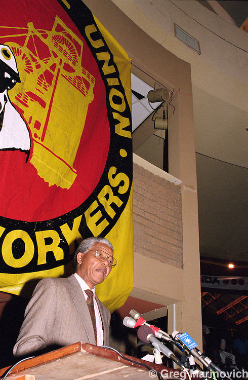 Nelson Mandela addresses COSATU unionists at a NUM conference, Johannesburg, South Africa.