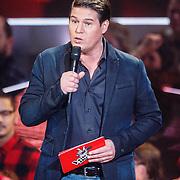NLD/Hilversum/20160109 - 4de live uitzending The Voice of Holland 2015, presentator Martijn Krabbe