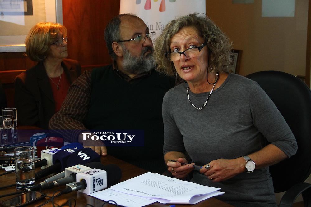 Montevideo, 9 de mayo. Instituto Nacional de Derechos Humanos.<br /> Mariana Gonzalez Guyer dando a conocer el informe anual.<br /> Foto Gaston Britos Agencia Foco
