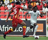 FOOTBALL - AFRICAN NATIONS CUP 2010 - GROUP B - BURKINA FASO v GHANA - 19/01/2010 - PHOTO MOHAMED KADRI / DPPI - JONATHAN PITROIPA (BUR) / ISAAC VORSAH (GHA)