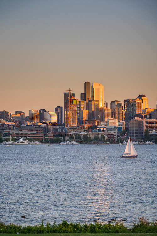 Skyline and Lake Union view from Gasworks Park, Seattle, Washington