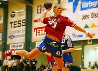Håndball,  03. januar 2002. Gildeserien. Gjøvik og Vardal - Tertnes 25-21. Hege Vikebø, Tertnes. (Foto: Anders Hoven, Digitalsport)